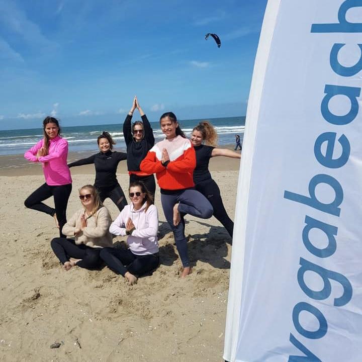 yoga at the beach Noordwijk 2
